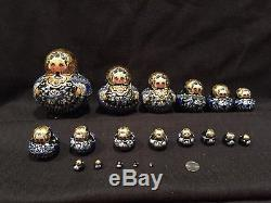 20 Dolls Russian Nesting Dolls Matryoshka Sergiev Posad Signed by artist
