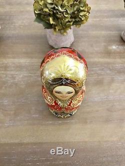 Beautiful Hand Painted Russian Nesting Matryoshka Doll Set Of 7/ Gloss