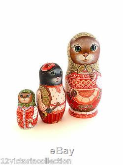 CAT FAMILY Original Art Work Russian Hand Carved Hand Painted Nesting DOLL Set
