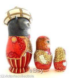 CAT FAMILY UNIQUE Art Work Russian Hand Carved Hand Painted Nesting DOLL Set