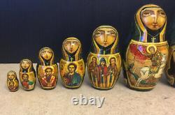 Fabulous Set Of 9 Vintage Well Painted Russian Matryoshka Nesting Dolls