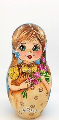 Genuine OOAK Russian HAND PAINTED MATT nesting dolls 5 Vintage Girls Postcards
