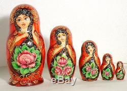 La matrochka la Bohémienne. Russian dolls. Nested doll Gipsy