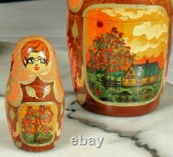 MOSCOW Matryoshka NESTING DOLLS 1991 Artist Signed + RUSSIAN Doll Key Rings WOOD