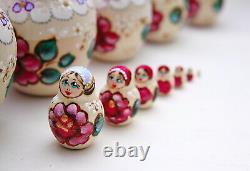 Matryoshka 15 piece Nesting dolls Russian Babushka hand-painted doll Tenderness