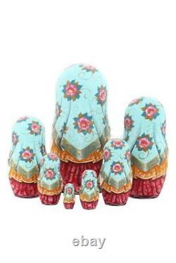 Matryoshka Russian Traditional 7pcs Girl with flowers Nesting Doll