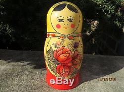 Nesting Dolls ORIGINAL 1986 Matryoshka Red Rose Large 8 pieces Russian USSR
