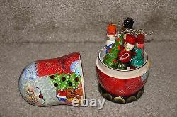 Nesting Dolls with Christmas 5 Ornaments Santa Russian Matryoshka Stacking Doll