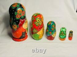 Russian 5 Piece Hand Made & Painted NESTING DOLLS Matryoshka Cat Set Signed 1992