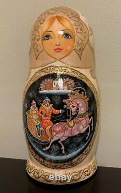 Russian Christmas Nesting Doll 5 pieces. 8 Original, Sign by Artist