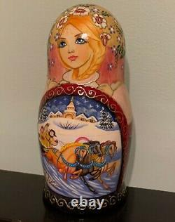 Russian Nesting Doll 5 pieces. 8 Original, Sign by Artist