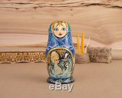 Russian matryoshka Traditional nesting doll Swan princess
