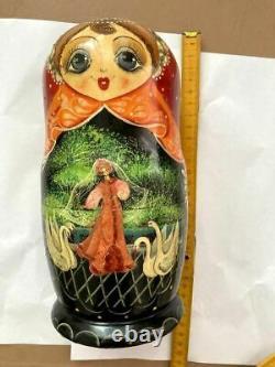 Set of 7 Vintage Russian Soviet Nesting Dolls Wood Stacking Matryoshka Figurines