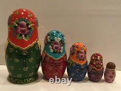 Traditional Russian Matryoshka withChicken, Handcrafted & Painted Nesting Doll 5PC