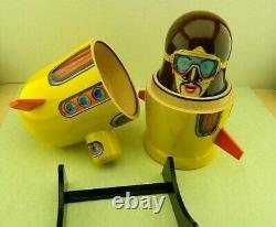 Unique Brand New Russian Nesting Doll Beattles Yellow Submarine