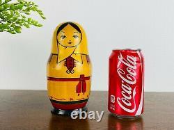 Vintage Russian Matryoshka Doll 12 Piece, Babushka Matpewka Kitsch Retro