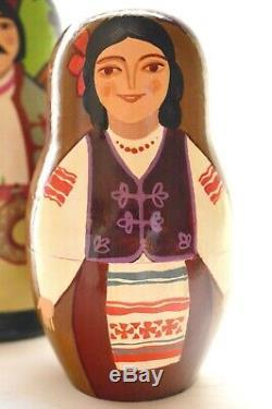 Vintage Russian Nesting Matryoshka Dolls 10 Pieces Farm Family Artist Signed